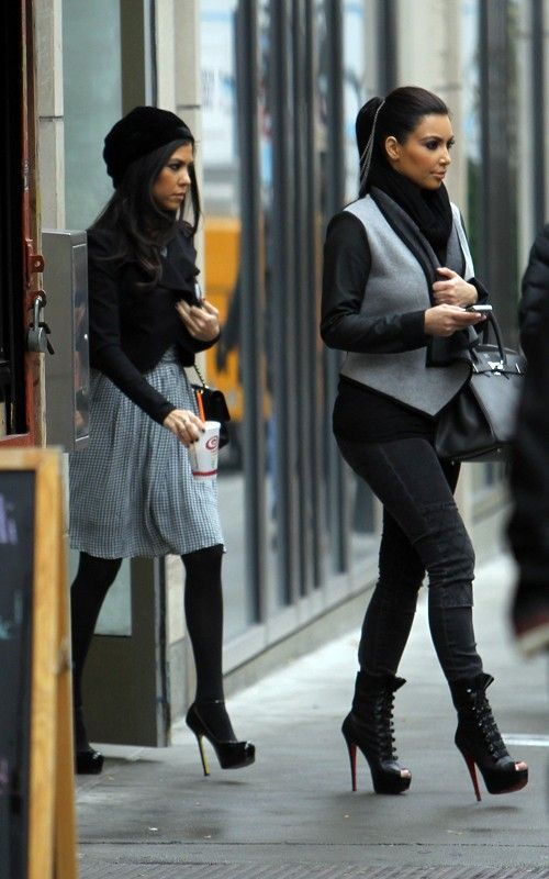 Kourtney and Kim... so ready for fall fashion!
