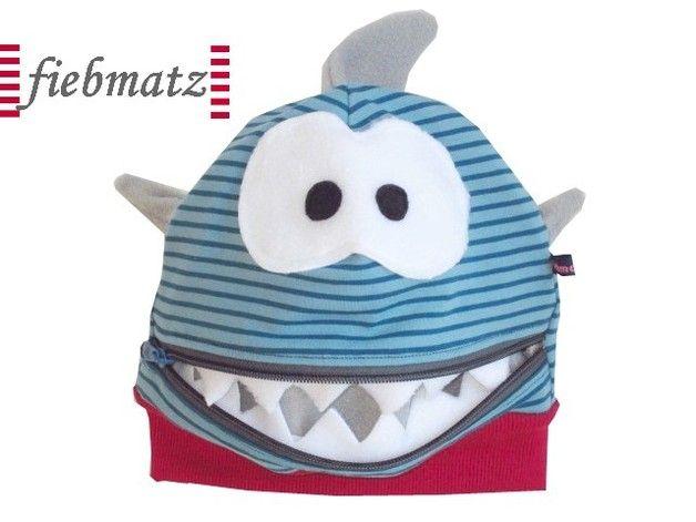 Mützen - Monster Freche MÜTZLI HAI Mütze - ein Designerstück von Fiebmatz bei DaWanda