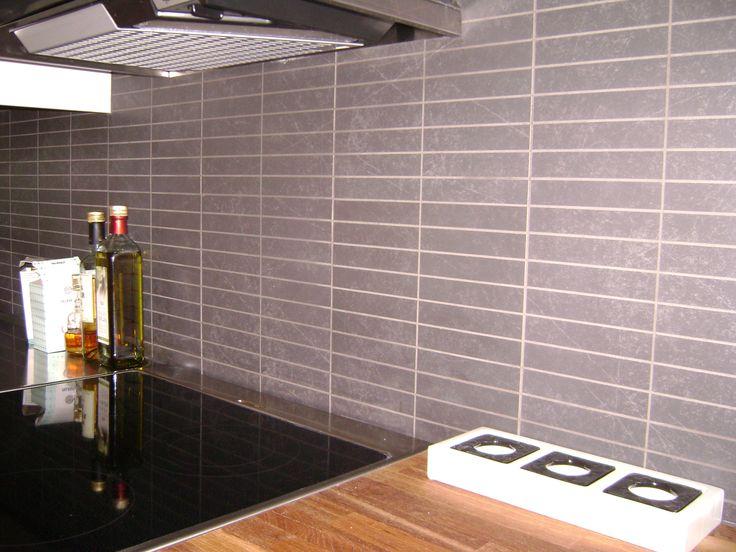 avlångt kakel kök : bubbelbadkar,bänk,kakel,svartvitt,badrumsmatta ...