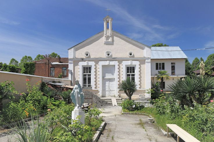 2014 Suchum, Rzymskokatolicki kościół św. Szymona Apostoła (02) - Suchumi – Wikipedie