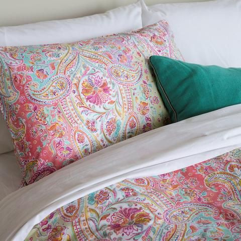 Moroccco Duvets, Bedspreads, Comforters and Pillowcases