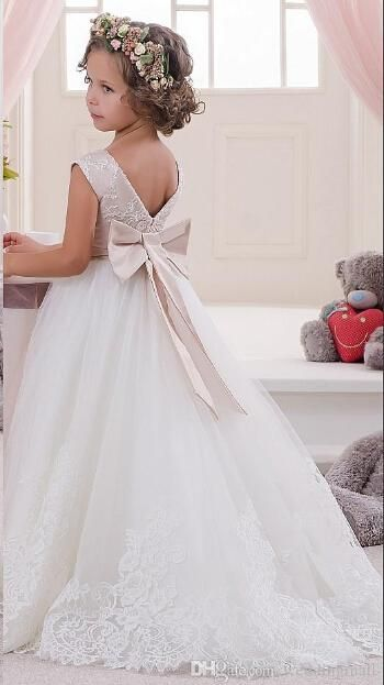 2016 New Lace Crystals Ball Gown Tulle Baby Girl Birthday Holy Communion Dresses Children Girl Party Dresses Flower Girl Dresses Online with $83.67/Piece on Brucesuit's Store | DHgate.com