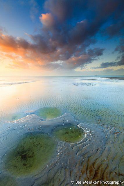 ~~Eternal change - Beach Sunset, IJsselmeer, The Netherlands by Bas Meelker~~