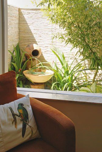 janela com jardim