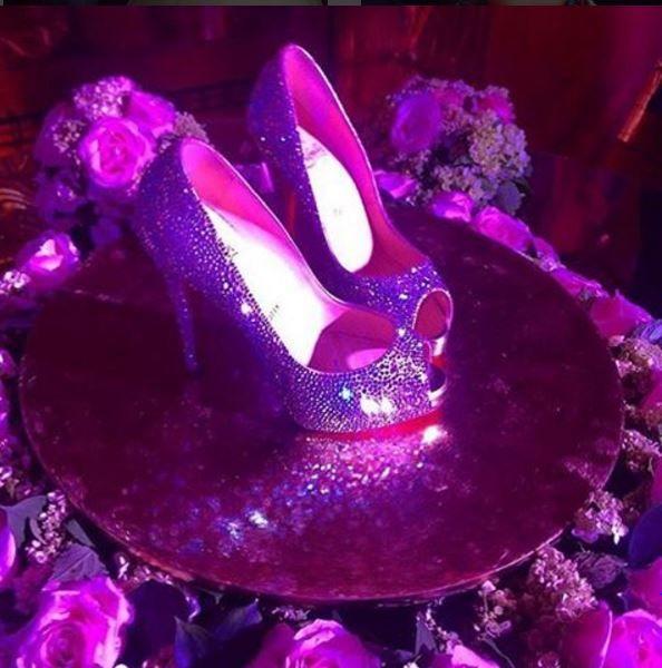 e4c2bd227 Larissa Manoela, vestidos | sapato de 15 | Festa de 15 anos, Sapato de  15anos, Larissa manoela 15 anos