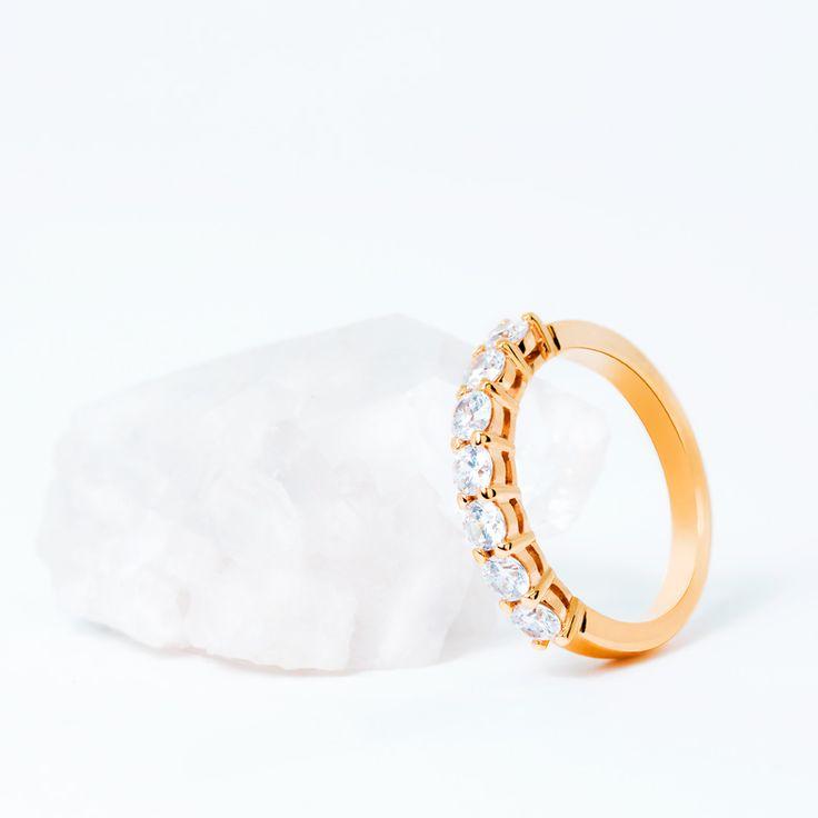 Anillo de compromiso de oro rosa 18k con 7 diamantes. 74R0059 Una joya especial para un momento especial #