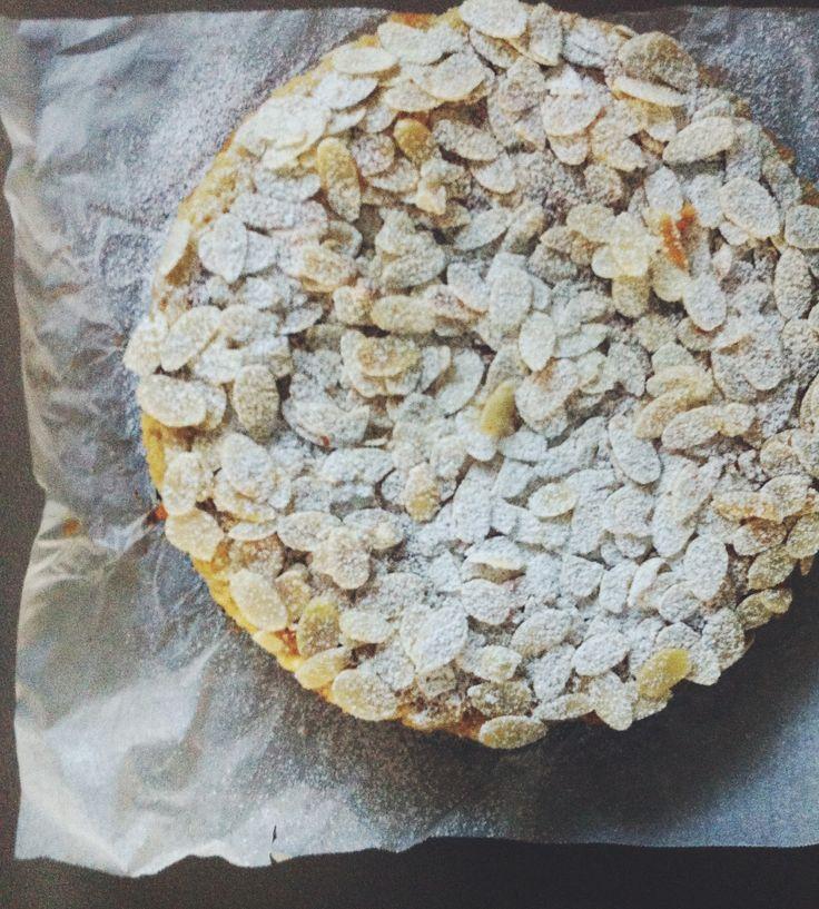 Almond, Lemon & Ricotta Gluten Free Cake