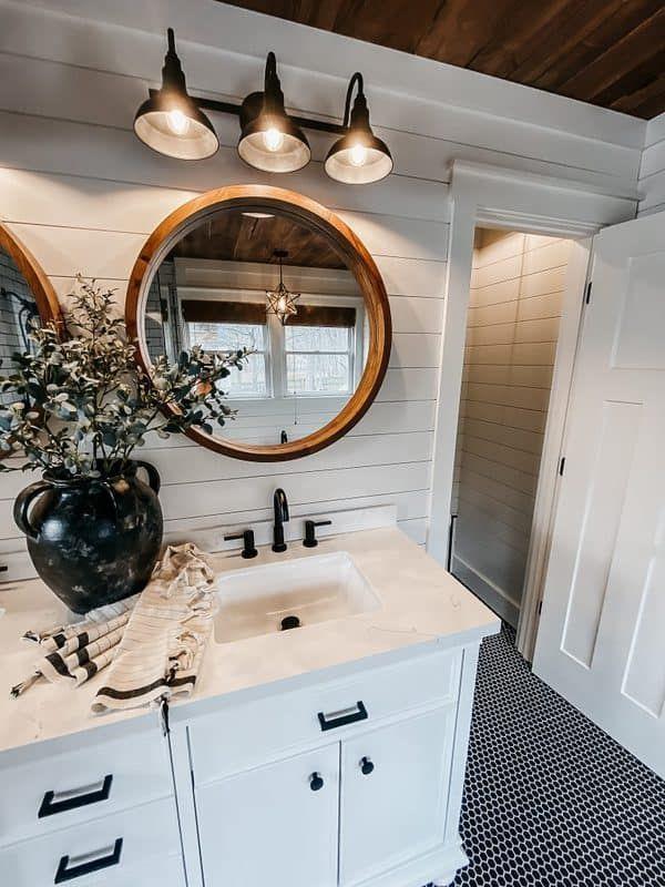 Stylish Bathroom Design Ideas You Ll Love In 2021 Farmhouse Master Bathroom Master Bathroom Renovation Bathroom Farmhouse Style