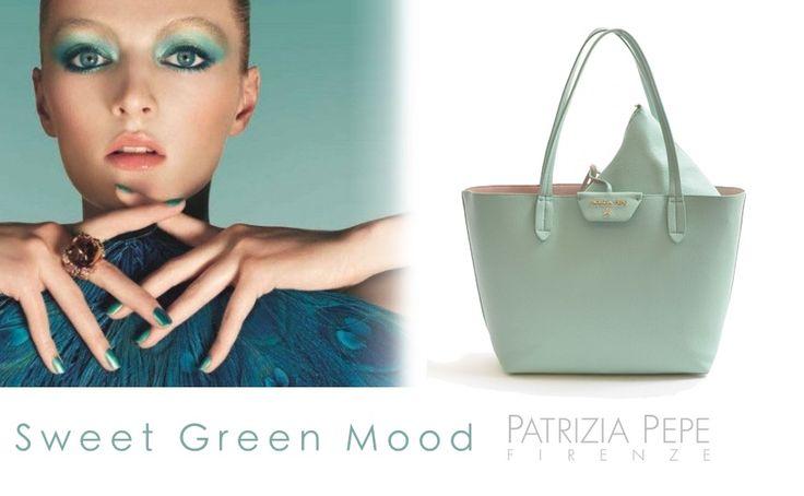 Shopping #Bag Reversibile Patrizia Pepe: what else? Scopri gli altri colori! >>> http://www.marsilistore.it/borse/shopping-reversibile-interno-estraibile.html #borse #colori #moda #stileitaliano