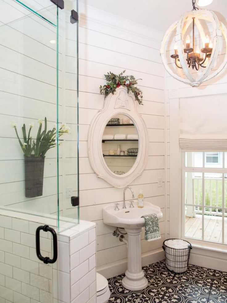Farmhouse Bathroom - love the stenciled floor