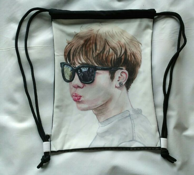 "Ggggt Bag ""Pouting Gyu"" Front View"
