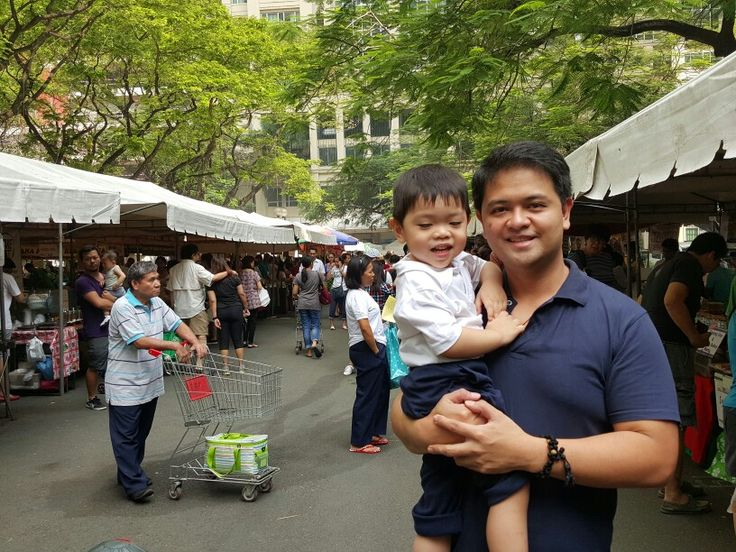 Here's a guy who loves going to the market...to eat and buy rare finds.