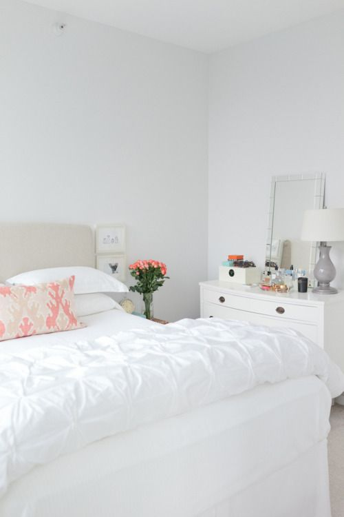 whiteBedrooms Design, White Beds, Wall Mirrors, Beds Room, Design Bedrooms, White Bedrooms, Bedrooms Decor, West Elm, White Room