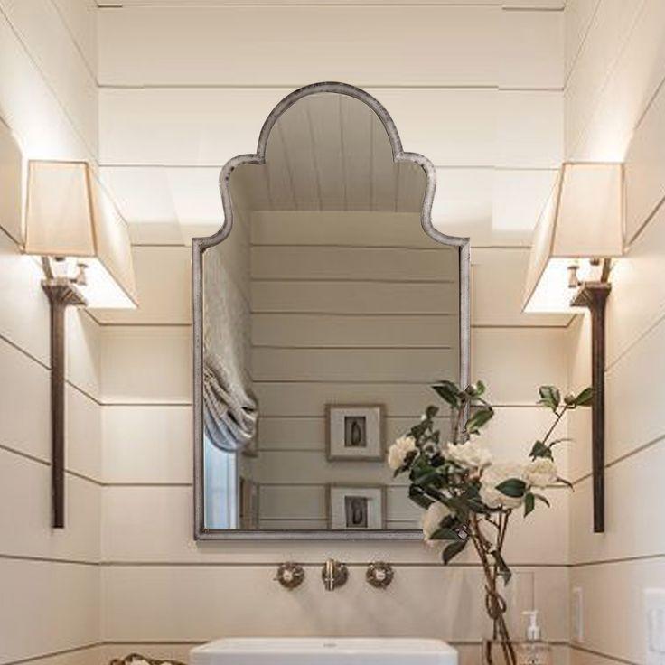 Inilah cermin dekoratif yang akan terlihat luar biasa di dinding manapun di rumah Anda. Memiliki bentuk menarik yang indah dan bingkai tipis yang terbuat dari baja. Baja itu sendiri memiliki efek yang dipukuli dan hasil akhir yang jelas sehingga logam dan patina dapat terlihat dengan jelas. Cermin berkualitas dengan pemasangan kaca dari belakang ini siap untuk digantung. Cermin ini bertema Deco Vintage Industri dari merek Secret de Maison dan akan melengkapi karya lainnya dari merek yang…