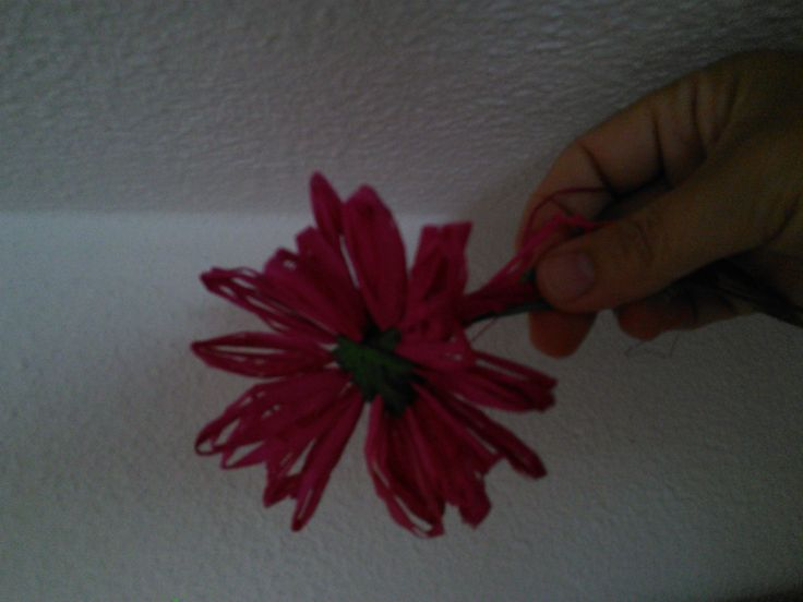 Raffia flower