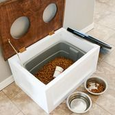 #DIY pet food station with storage! Click thru for instructions