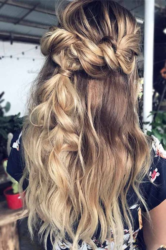 Here we have got some fantastic winter long hair collection for you in this new your. Take a look at the selection we ha…