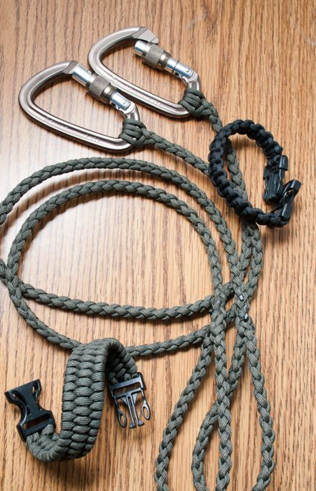 DIY Dog leash. Check out our great selection of paracord at super low prices... http://www.osograndeknives.com/store/catalog/parachute-cord-311-1.html