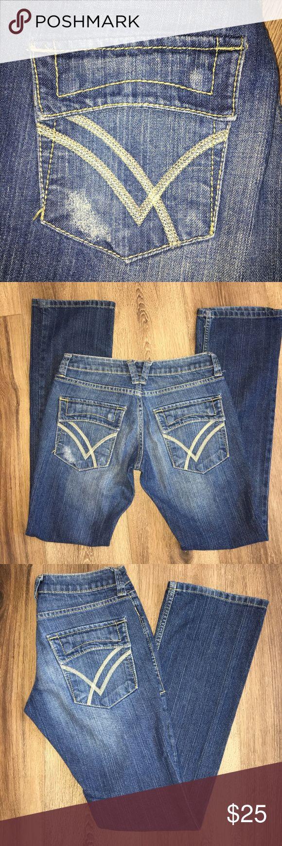 William Rast Belle Flare Jeans Size 26x32 EUC William Rast Jeans Flare & Wide Leg