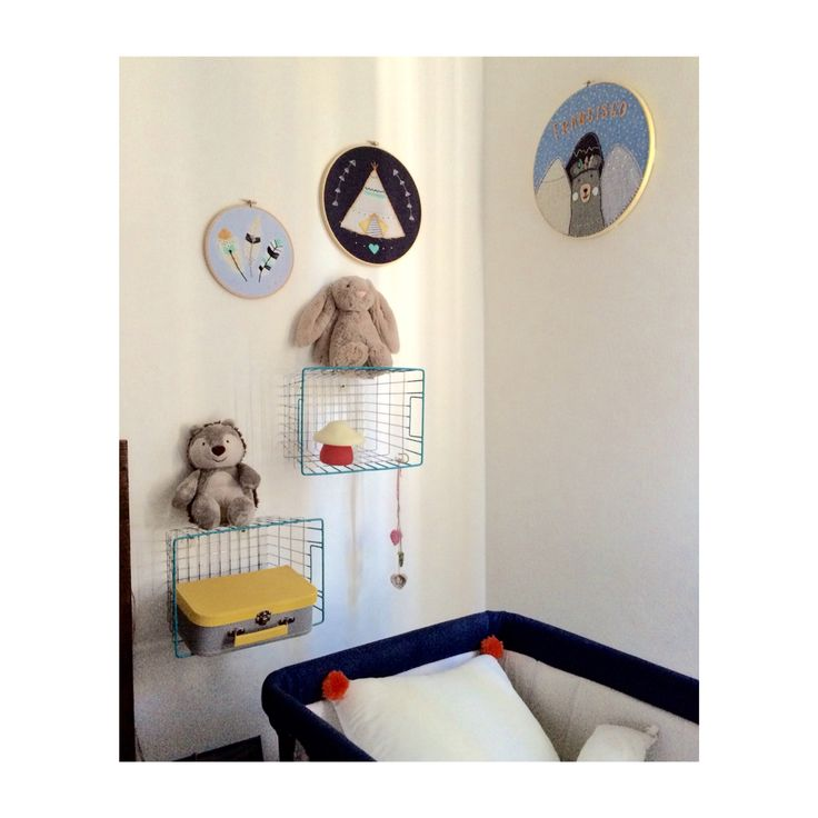 Nursery decor with embroidery hoops