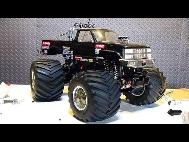 1/8th Scale Electric RC Trucks | RC ADVENTURES - Vintage Kyosho USA 1, Electric 1/8th Scale Monster ...