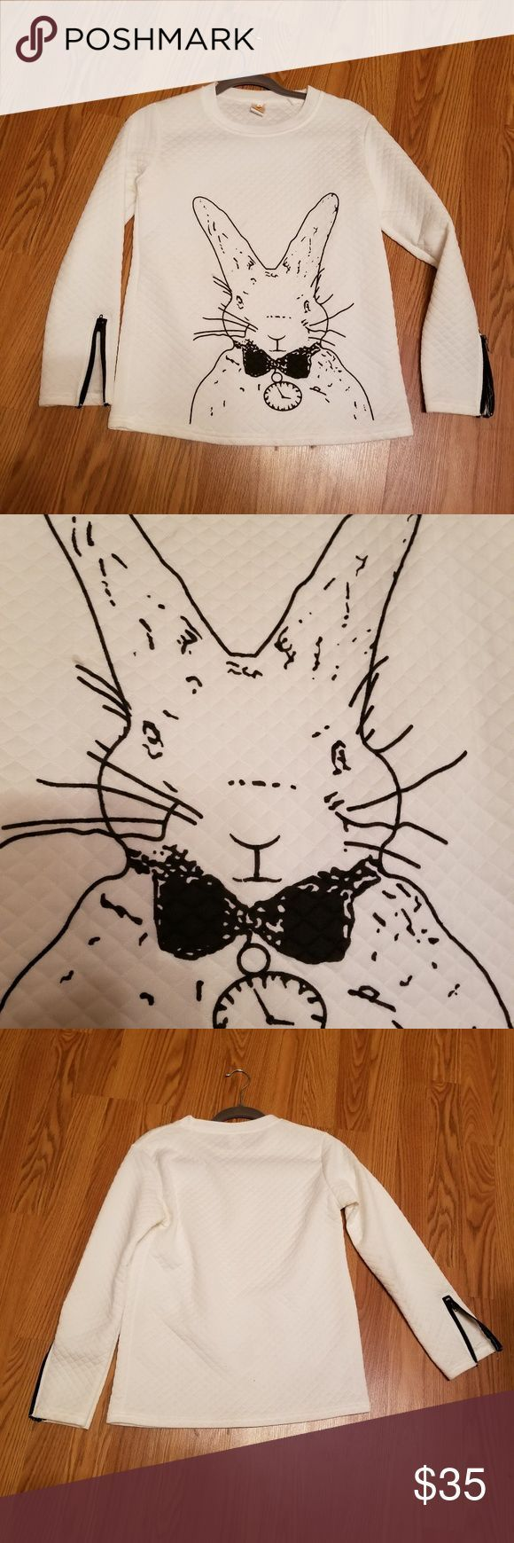 Long sleeves top Alice wonder land rabbit long sleeves top. boutique Tops – #Ali