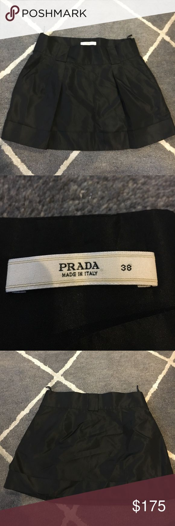 Prada Nylon Mini Skirt w. Pockets Cute and sexy at the same time! This pocketed Prada skirt is perfect for date night. Pristine condition!! I got it as a birthday gift and have yet to wear it. Fits like a 2-4 US. Prada Skirts Mini
