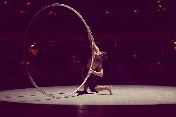 Ball des Sports 2014 - Alexandre Lane mit CYR Ring by Jan Leschke Photography #CYR #sport #alexandrelane