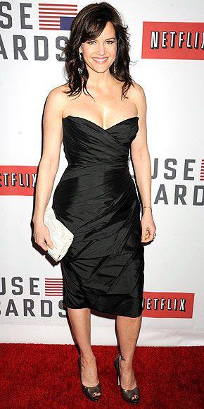Carla Gugino wears Romona Keveza