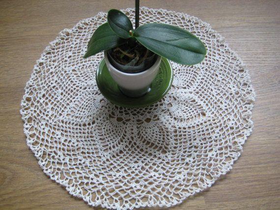 Doily Pineapple  Crocheted  DMC no.40 Ecru by MinnieCreation, €19.32