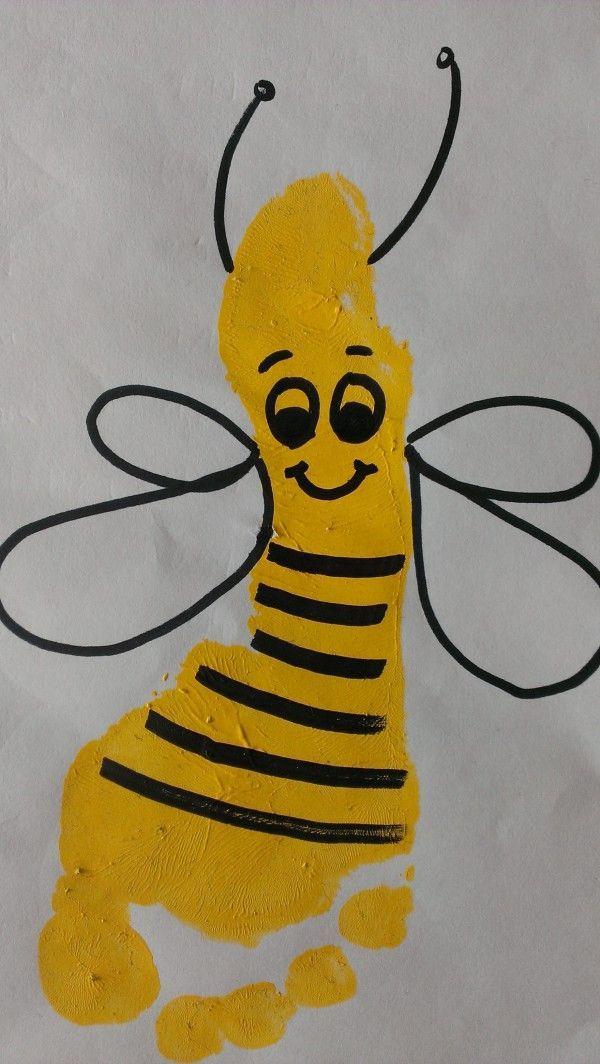 süße Fußabdruck-Biene – Baby