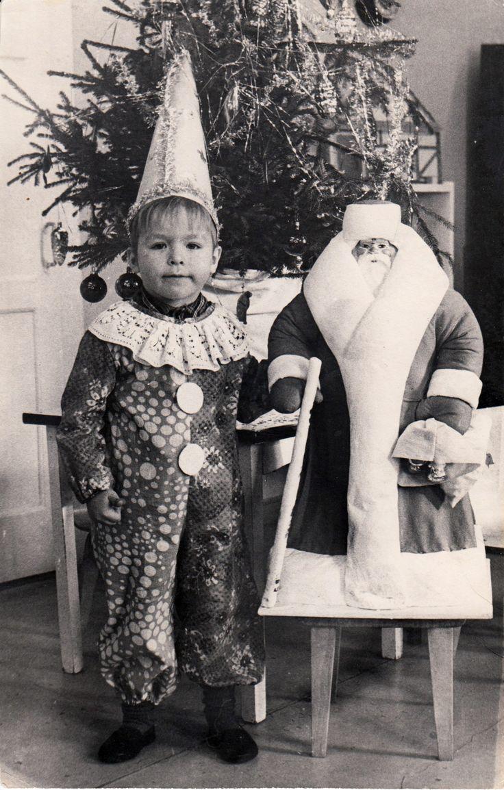 Дорогие друзья! С новым годом! Если нам очень захочется, то мир будет нам улыбаться и сиять красотой! Будьте счатливы в новом году. Пусть сбудется всё задуманное!    #vladimirkisarov #kisarov #kisaroff #позитив #владимиркисаров #кисаров #моимысли