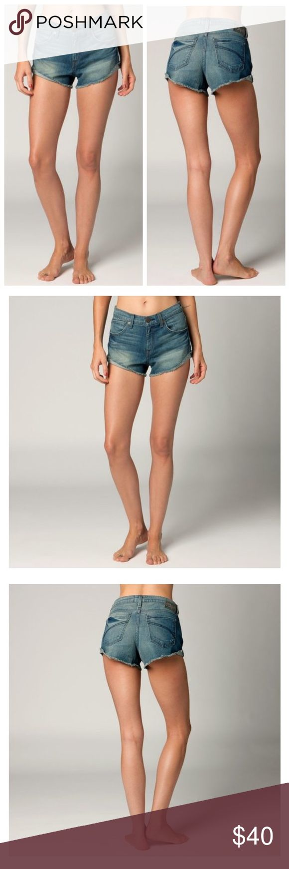 """🆕FOX RACING WOMENS PIN UP DENIM JEAN SHORTS Look no further than the Pin Up shorts for the perfect pair of high-waisted cut-offs.  FEATURES  High-waisted sorts with cuffed outseam Fox Denim patch with hammered nail heads at back of waistband 2"""" inseam 99% cotton/1% Spandex Fox Shorts"""