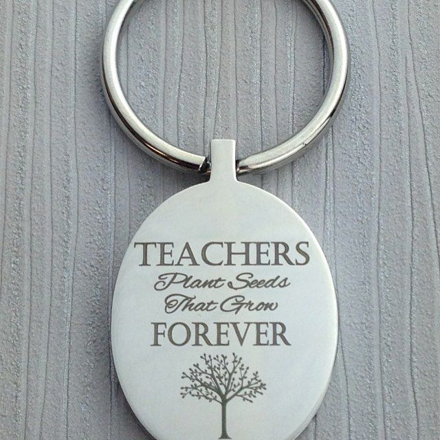 @inserttextheredesign this keyring is the perfect gift for both new teachers and old! Www.inserttexthere.co.uk #teachergift #teachergifts #bestteacher #newteacher #teacher #teacherlife #teacherkeyring #teacherkeychain #customised #engraving