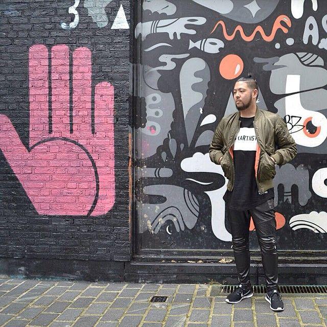 #graffiti #alley #Antwerp #AvenueStore #throwback #Bomber #LesArtists #Zara #Nike #Flyknit #broknot #hipster #instasians #instafashion #instamood #japanese #nipponjin #ootd #ootdmen #streetcouture #streetsamurai #streetstyle #streetwear #urbancouture photo by japonaisdufromage - Transforme seu Tumblr em uma loja online, saiba como em ShopMyTumblr