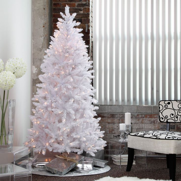 The 25+ best Slim christmas tree ideas on Pinterest | Pencil ...