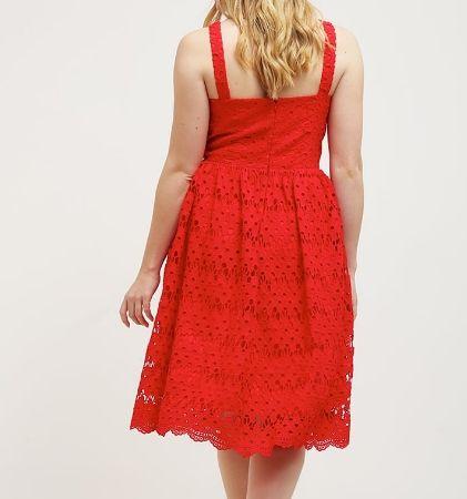 Chi Chi London Curvy JESS Sukienka czerwona plus size red