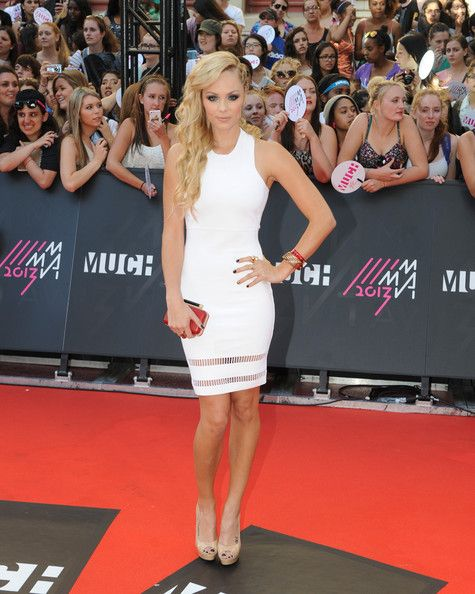 Laura Vandervoort arrives on the red carpet at the 2013 MuchMusic Video Awards at Bell Media Headquarters on June 16, 2013 in Toronto, Canada.