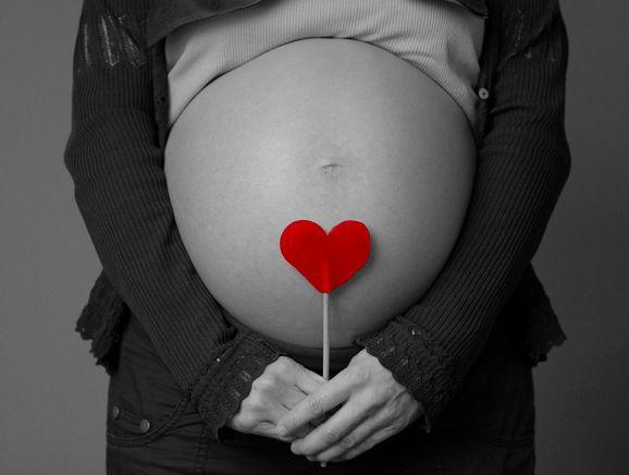 tu bebé viene de nalgas? no te olvides de la moxibustión. http://www.acupunturaviva.com/2015/03/presentacion-bebe-de-nalgas.html#.VPd2mlOG_Lc