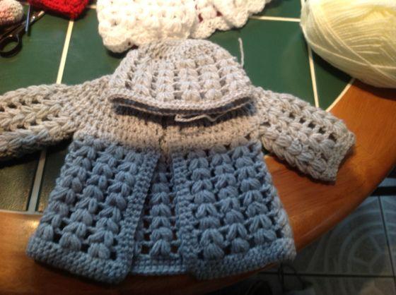 Free crochet baby cardigan pattern | kawaiiblythe