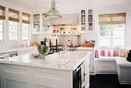 Lonny kitchen #kitchen: Banquette, Windows Benches, Breakfast Nooks, Seats Area, Windows Seats, Corner Benches, Benches Seats, Dream Kitchens, White Kitchens