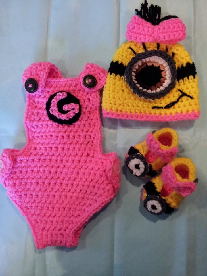 Crochet Patterns For Baby Overalls : Newborn Baby Minion outfit. http://www.etsy.com/listing ...