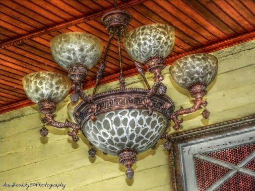 Lampu Antik di Rumah Dinas Bupati Sambas  #hdr #hdrphotography #photography #LuminanceHDR #photographyuyeee #planetvista #besttopphotographer #sambas #westkalimantan #indonesia
