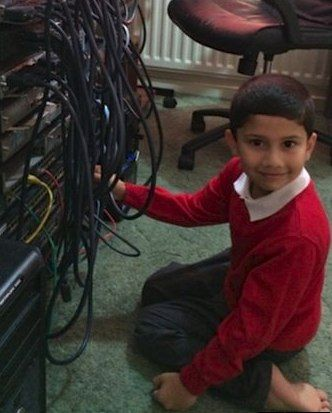Five-year-old Becomes Youngest Certified Microsoft Tech in the World - The Good News Network