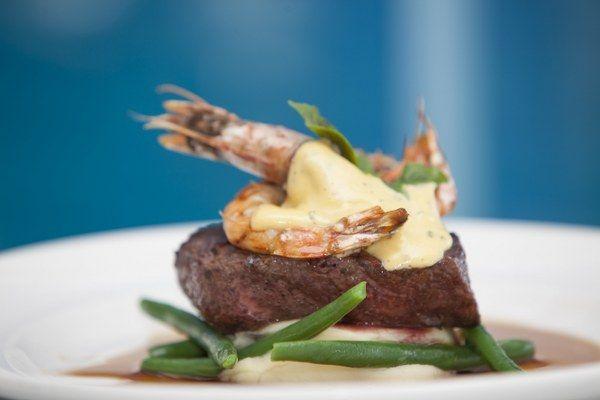 Chargrilled Rump Steak w king prawn and black garlic bernaise - Port Douglas Restaurants