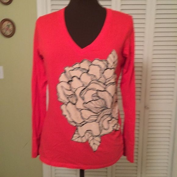Stunning Red Tee  One of the prettiest Tees I've ever seen. Old Navy Tops Tees - Long Sleeve