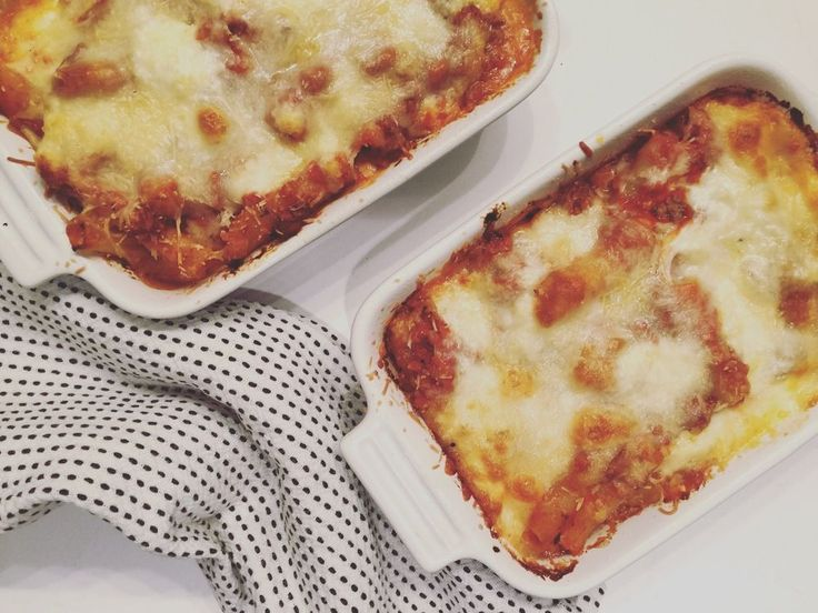 Turkey Baked Ziti - can sub pasta out for spaghetti squash if you want to be healthy, too! ©2016livingwithlandyn