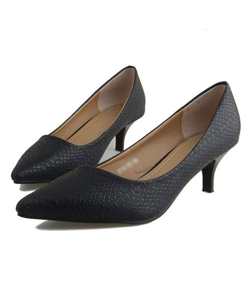 Black Point Toe Kitten Heeled Shoes in Snake Skin Print
