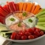 Delicioso dip de osion!! Ingredientes 10 de Zanahoria, 5 de Pepino, 2 de Jícama, 3 Tazas de Jitomate cherry, 2 Barras de Queso crema, 1 Lata Ostión ahumado, 2 Cucharadas de Paprika, 1 Cucharada Salsa maggi, 1 Cucharada Salsa inglesa, 1 Cucharada Salsa de soya, Al Gusto Salsa tabasco, Modo de preparación Comienze por preparar las verduras para el platillo. Para las zanahorias pélelas y cortelas en tiritas. Los pepinos pélelos, córtelos a la mitad, retire sus semillas y corte en tiritas. Las…