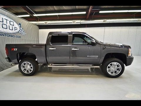2011 chevy silverado 1500 crew cab lt z71 lifted truck for sale. Black Bedroom Furniture Sets. Home Design Ideas